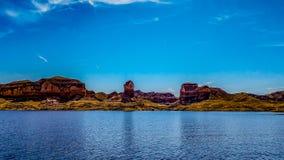 Vista della tomba del millefoglie sul Lago Mead, Arizona fotografie stock