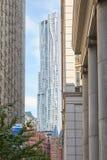 Vista della torre di Beekman in un giorno soleggiato a New York Fotografia Stock