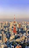 Vista della torre di Tokyo dalla collina Tokyo, Giappone di Roppongi Immagine Stock