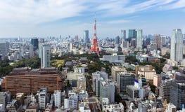 Vista della torre di Tokyo dalla collina Tokyo, Giappone di Roppongi Immagini Stock Libere da Diritti