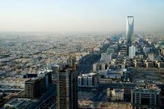 Vista della torretta di regno e di Riyadh Fotografia Stock