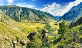 Vista della valle della montagna fotografie stock