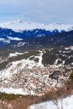 Vista della valle di Meribel Centro del villaggio di Meribel (m) 1450 Fotografie Stock