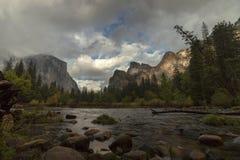 Vista della valle di Yosemite Immagini Stock Libere da Diritti