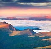 Vista della valle nebbiosa di Val Gardena Fotografie Stock Libere da Diritti