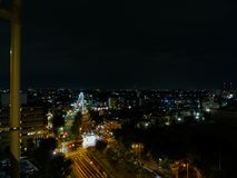 Vista della via alla notte Fotografia Stock