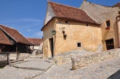 Vista della via dalla fortezza di Rasnov fotografie stock