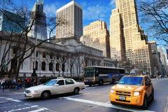Vista della via della Quinta Avenue di New York City Fotografia Stock