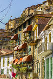 Vista della via di Apricale Imperia, Liguria, Italia fotografia stock libera da diritti