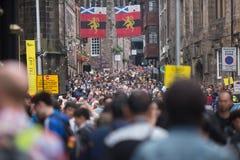 Vista della via di Edimburgo immagini stock libere da diritti