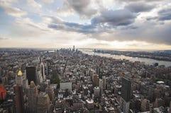 Vista della via di Manhattan dall'Empire State Building in New York fotografia stock libera da diritti