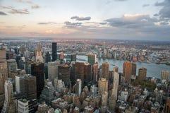 Vista della via di Manhattan dall'Empire State Building in New York fotografie stock