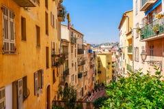 Vista della via di Nizza, Cote d'Azur, Francia, Europa del sud Bella citt? e localit? di soggiorno di lusso di riviera francese T fotografia stock libera da diritti