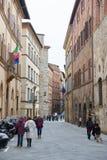 Vista della via di San Gimignano Fotografia Stock Libera da Diritti