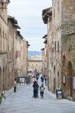 Vista della via di San Gimignano Fotografie Stock