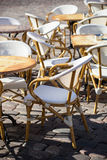 Vista della via di un terrazzo del caffè Fotografie Stock
