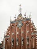 Vista della via di vecchio centro urbano di Riga, Lettonia Fotografia Stock Libera da Diritti