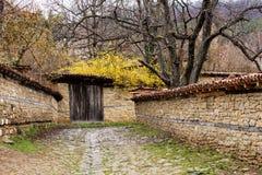 Vista della via, Jeravna, Bulgaria, Europa Immagini Stock Libere da Diritti