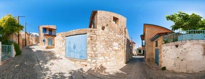 Vista della via nel villaggio di Vouni cyprus Distretto di Limassol Fotografia Stock Libera da Diritti