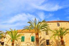 Vista della via nella città del laureato di Stari, isola Hvar, Croazia Fotografia Stock