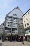 Vista della via sopra su Josephspl a Norimberga immagine stock libera da diritti