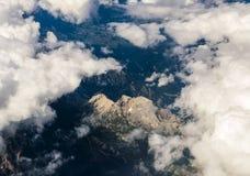Vista delle alpi dall'aereo Immagine Stock Libera da Diritti