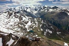 Vista delle alpi svizzere in estate Fotografia Stock Libera da Diritti