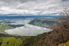 Vista delle alpi svizzere sopra la montagna di Rigi, Svizzera Fotografia Stock Libera da Diritti