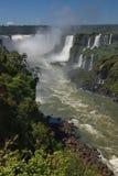 Vista delle cascate di Iguazu e del fiume Parana Fotografie Stock