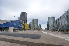 Vista delle costruzioni della difesa della La, un distretto aziendale importante della città, Parigi, Francia fotografie stock libere da diritti