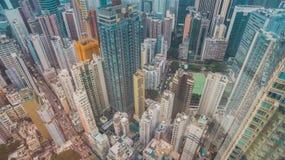 Vista delle costruzioni e del cielo del grattacielo Fotografia Stock