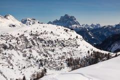 Vista delle dolomia italiane nell'inverno Fotografie Stock