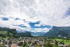 Vista delle montagne delle alpi dal castello di Gutenberg, Liechtenst Immagini Stock Libere da Diritti