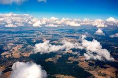 Vista delle montagne dall'aereo Immagine Stock