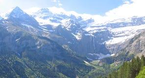 Vista delle montagne del circo di Gavarnie Fotografia Stock