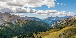 Vista delle montagne delle dolomia Fotografie Stock Libere da Diritti