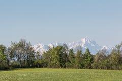 Vista delle montagne di Wetterstein Fotografia Stock