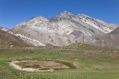 Vista delle montagne intorno alla valle di Aconcagua. Fotografia Stock