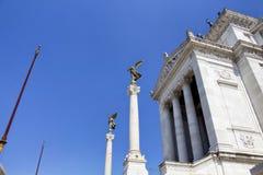 Vista delle statue all'altare della patria Immagini Stock
