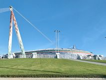 Vista dello stadio dell'Allianz, il campo della casa di Juventus fotografia stock