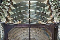 Vista detalhada de uma lente de Fresnel da lanterna do farol foto de stock royalty free