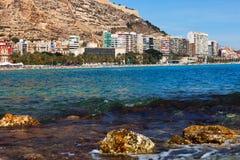 Vista di Alicante dal Mediterraneo Fotografia Stock Libera da Diritti