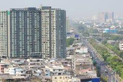 Vista di alta costruzione a Bangkok, Tailandia Fotografie Stock Libere da Diritti