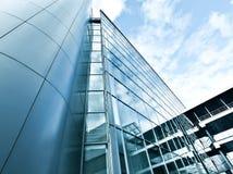 Vista di alta costruzione di vetro di aumento Immagine Stock