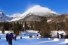 Vista di alta montagna di Tatra da Strbske Pleso all'inverno Immagine Stock Libera da Diritti