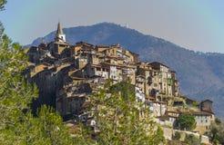 Vista di Apricale Imperia, Liguria, Italia immagine stock