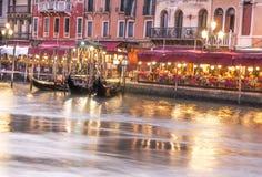 Vista di architettura veneziana durante il tramonto Fotografia Stock