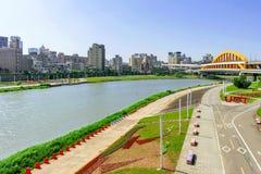Vista di area del parco della riva del fiume di Taipei Fotografie Stock