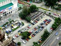Vista di area di parcheggio dal tetto fotografia stock libera da diritti