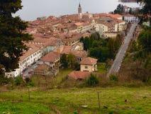 Vista di Arona, Italia da La Rocca Fotografie Stock